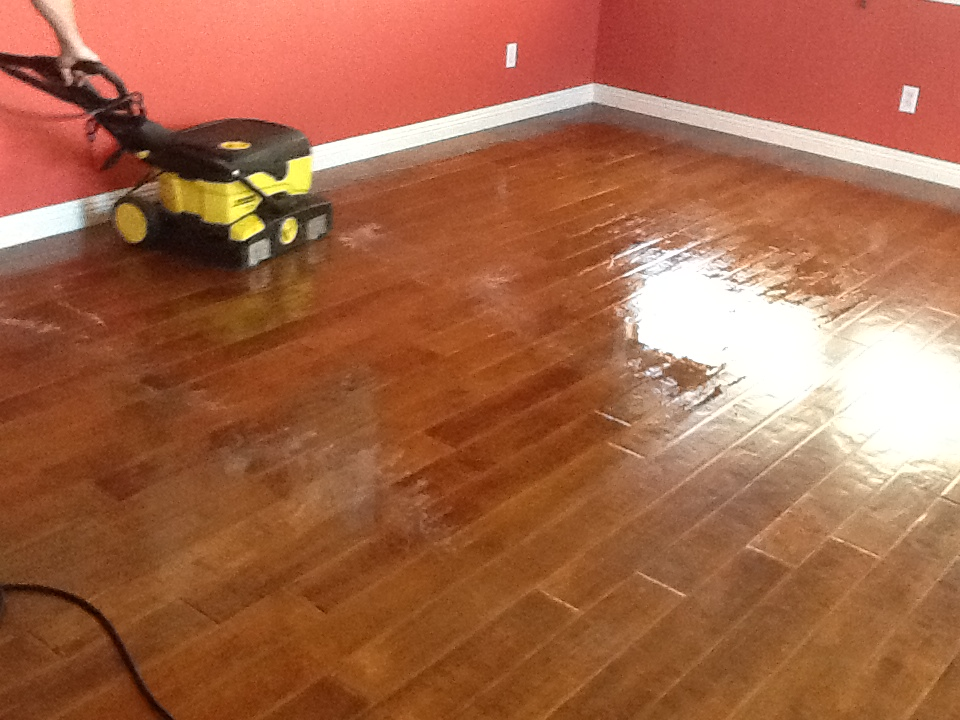 Wood floor cleaning and refreshing using the bridgepoint for At floor or on floor